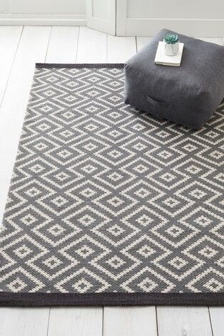 Diamonds rug for bedroom