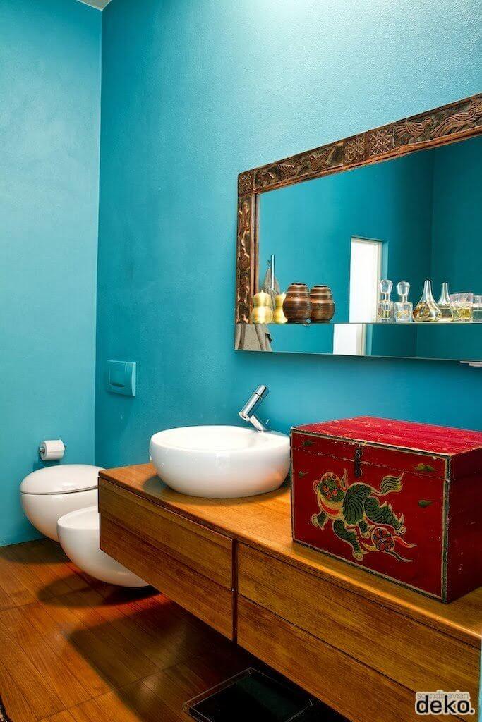 Elaborate Mirrors bathroom