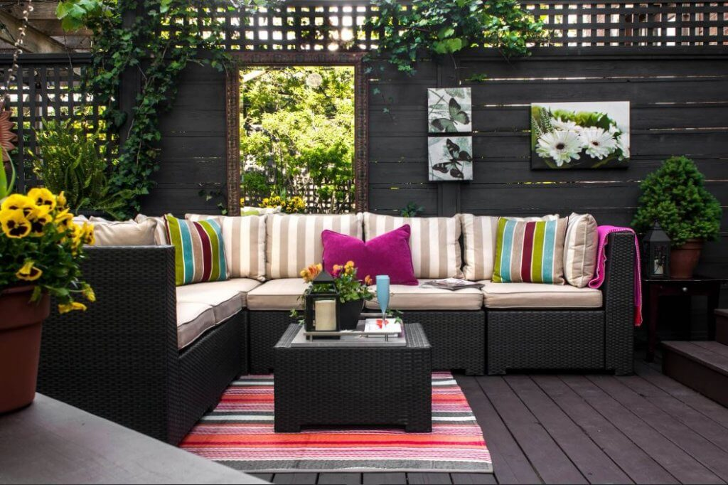 House style seating patio ideas