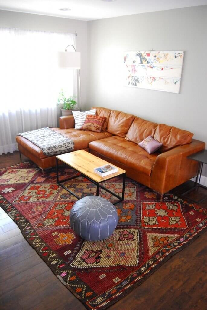 Old Leather Furniture Living Room