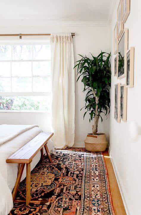 Patterned rug for bedroom