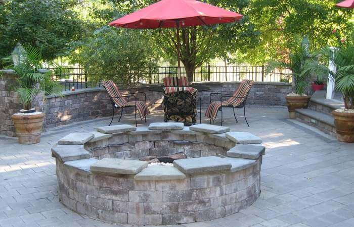 Seating walls around a feature for patio