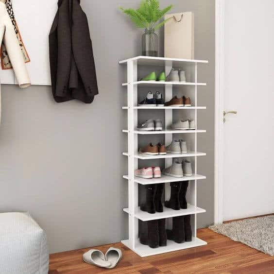 Stand-up shoe rack for kids room
