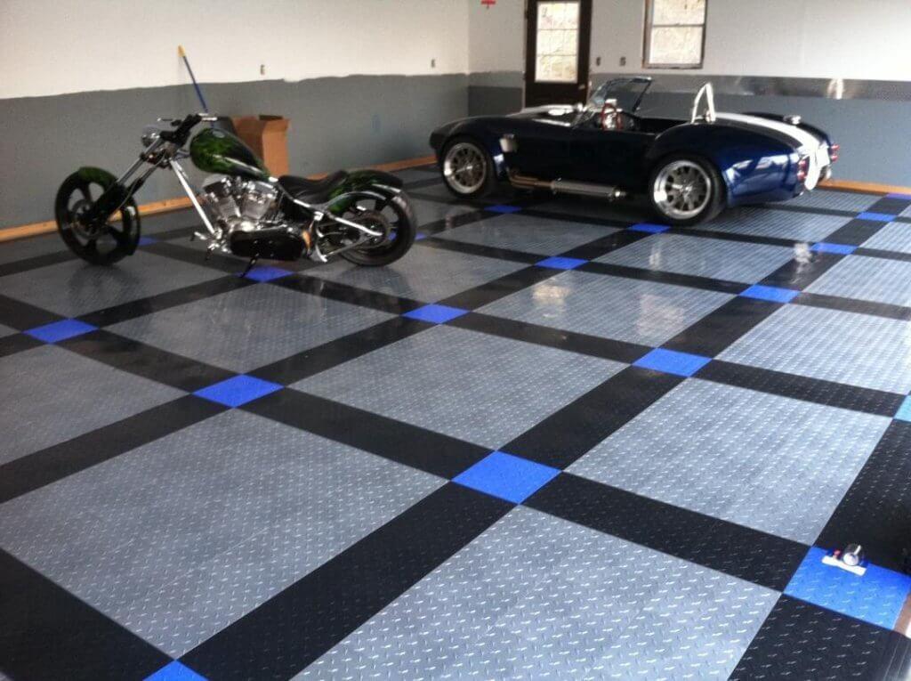 Tiles design for garage