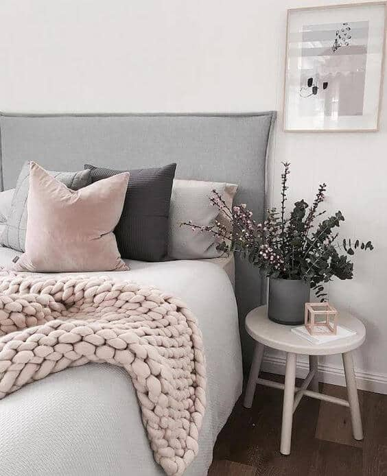 grey vases for bedroom