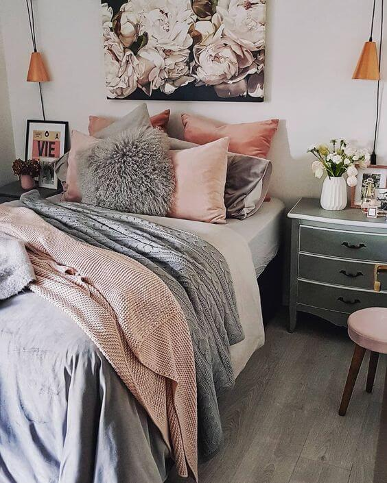 neutral accessories bedroom