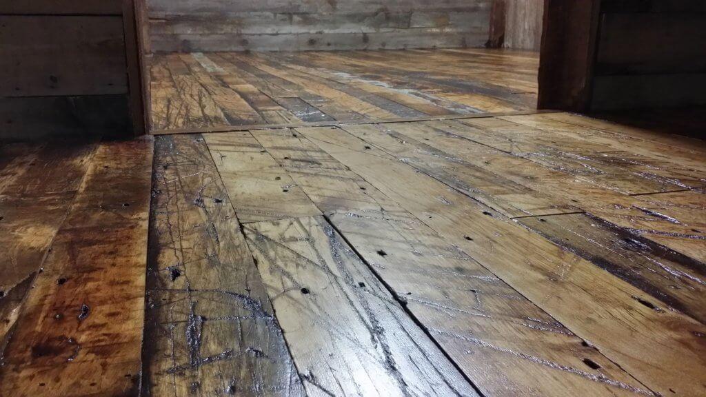 reclaimed wooden Floor