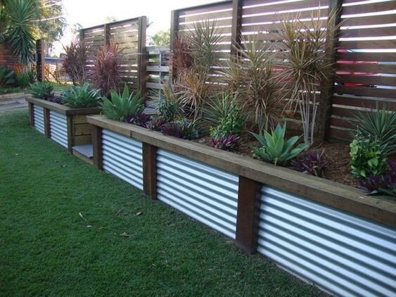 retaining wall planter ideas