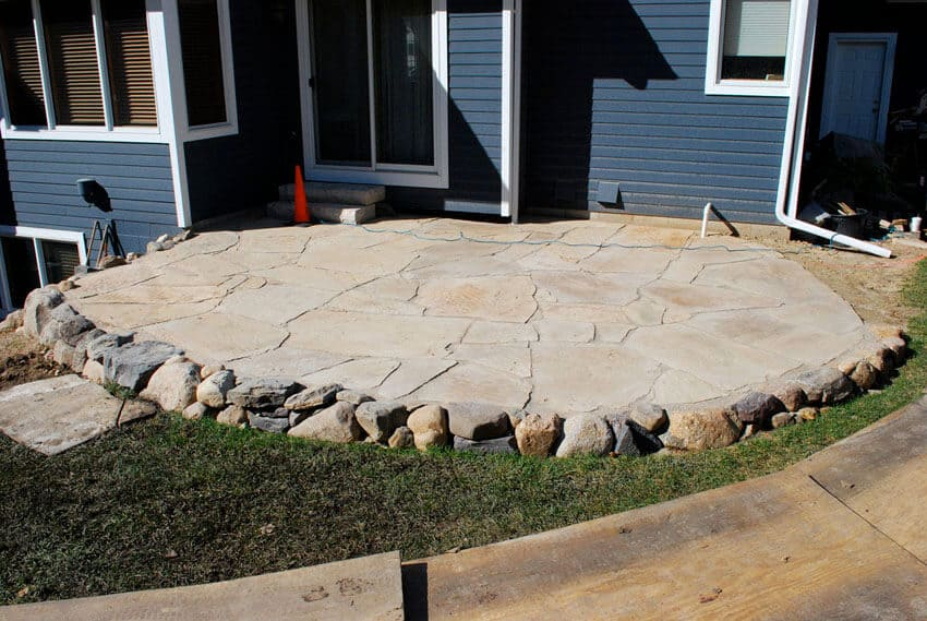 stone edging gravel patio
