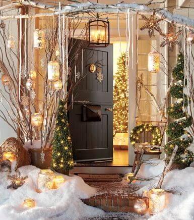 Candles porch decoration