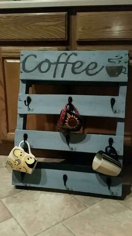 Painted Pallet Cup Holder for kitchen decor