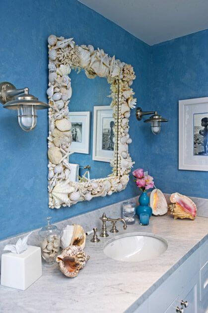 Sea Shells Bathroom Decor Idea