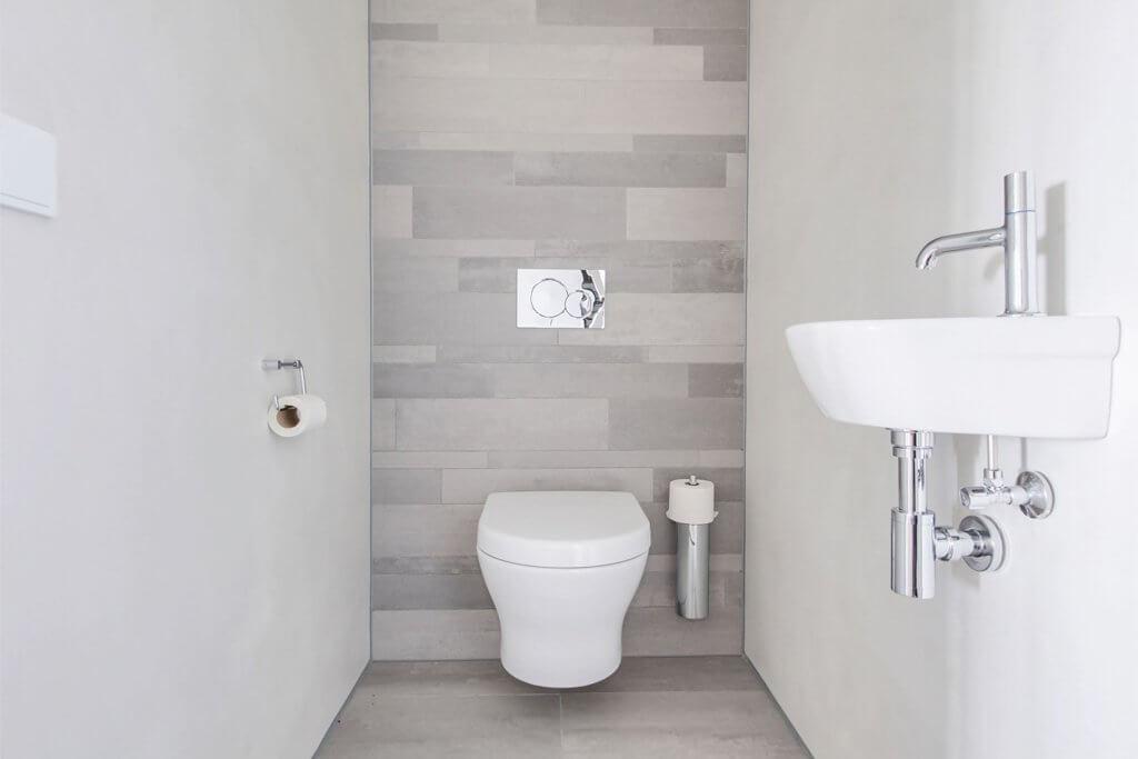 bright color bathroom idea