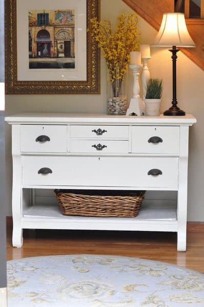 12 of The Best Foyer Table Ideas - Elegant Entry Tables
