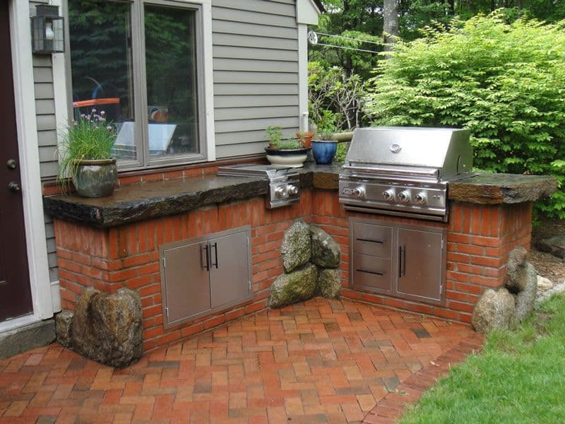 Ideal Location For Brick Outdoor Kitchens