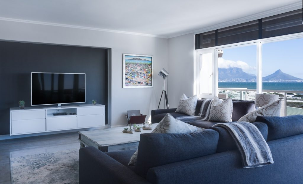 5+ Awesome Tips to Make Your Living Room Worth Living In