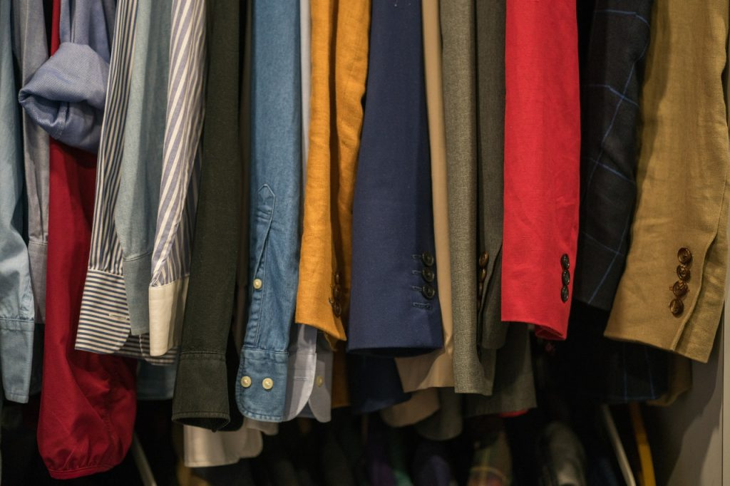 3 Basic Factors on How Big Should You Design Your Closets for Your House Renovation