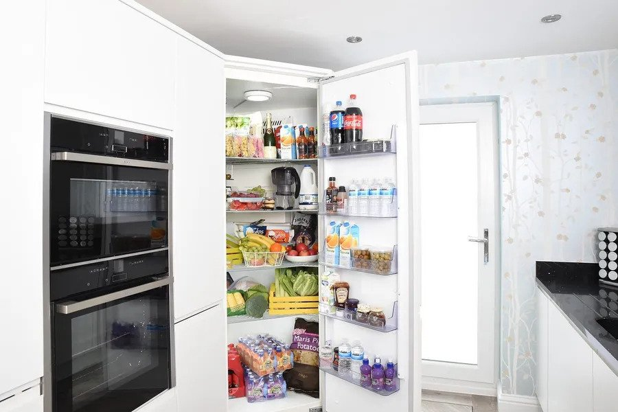 How to Remove Rust From the Fridge